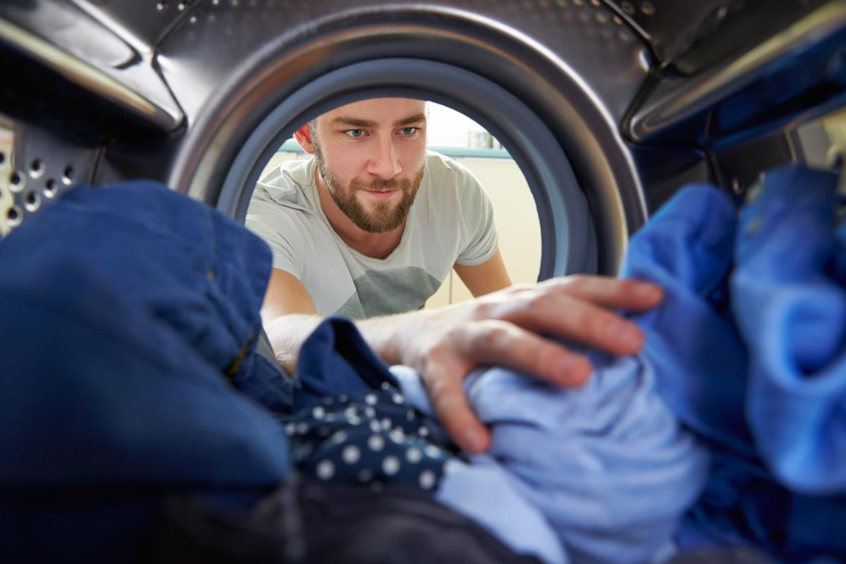 https://www.indianalymeconnect.org/wp-content/uploads/2018/05/prevention-after-coming-indoors-clothes-in-dryer.jpg